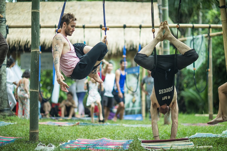 FlyHighYoga & How It Can Change Your Perspective